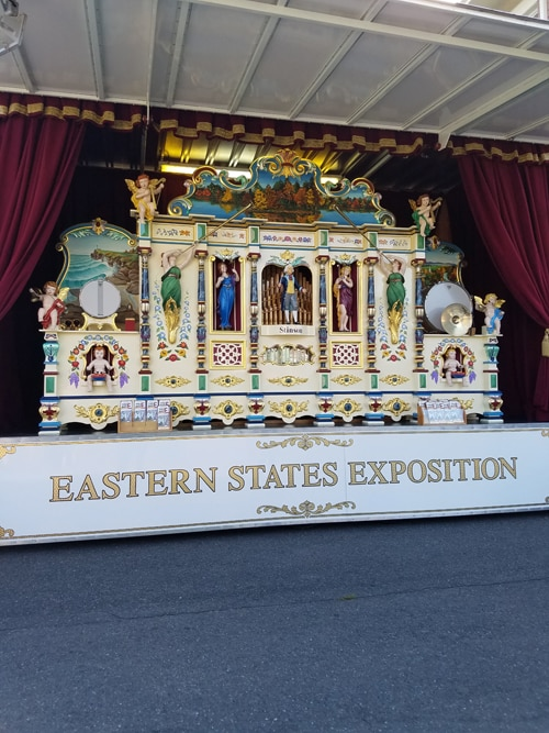 An antique animated puppet show makes music at the Big E